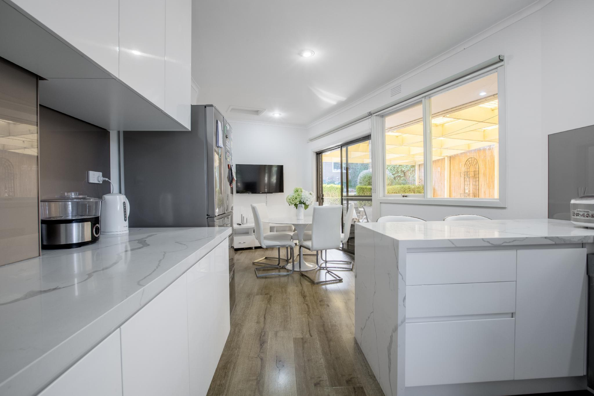 Real Luxury 4 Bedrooms House In Doncaster