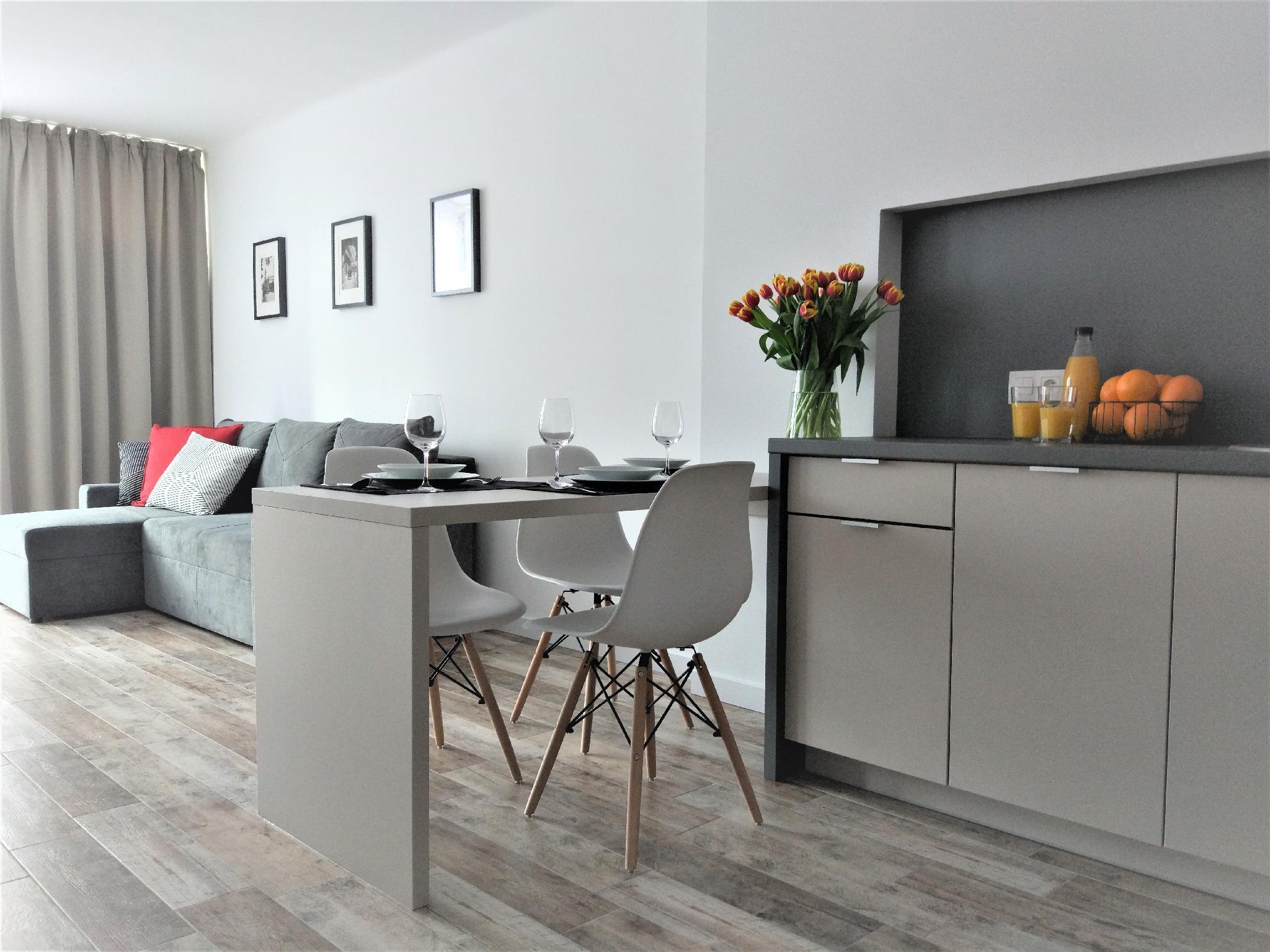 WarsawSkyLine Apartments