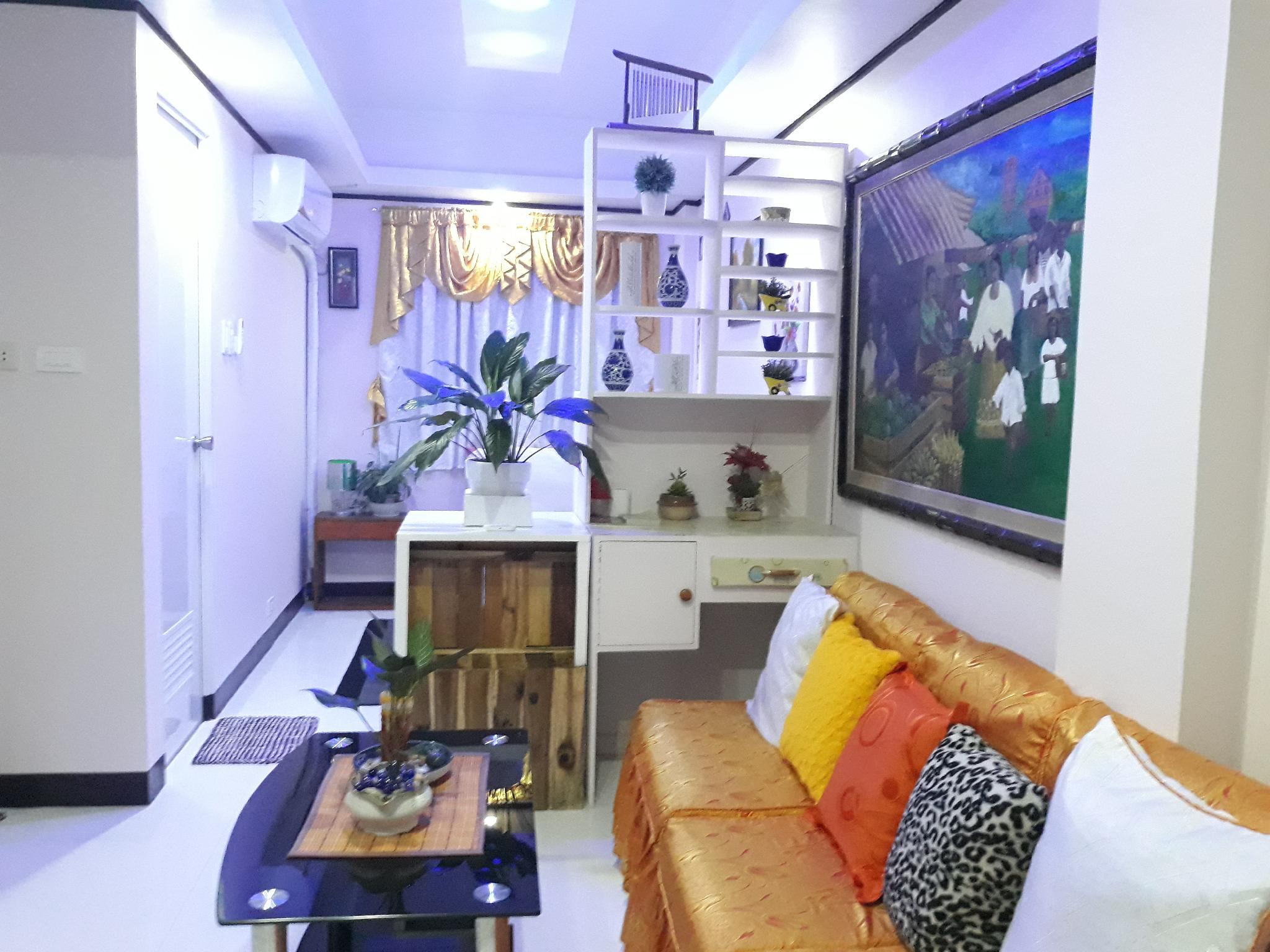 Affordable Cozy Condo Unit With FREE ParkingandWIFI