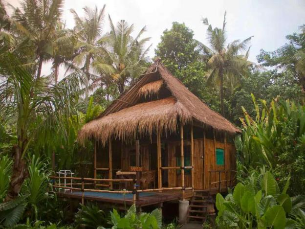 Bamboo Bungalow - JDSRetreat - Beachfront