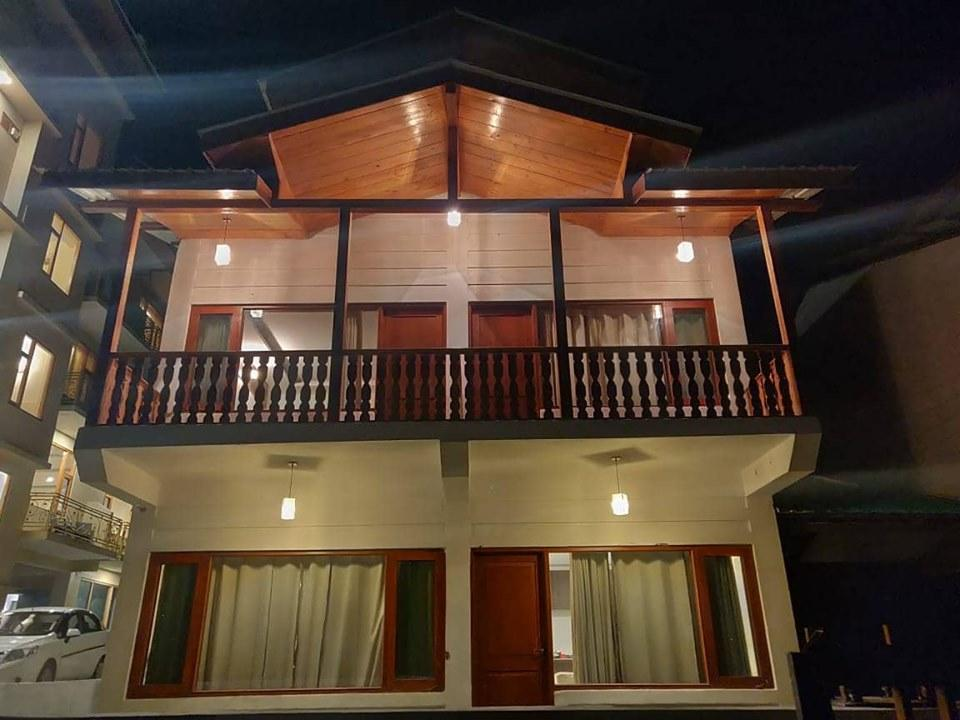 Family Gateway At G Villas Manali