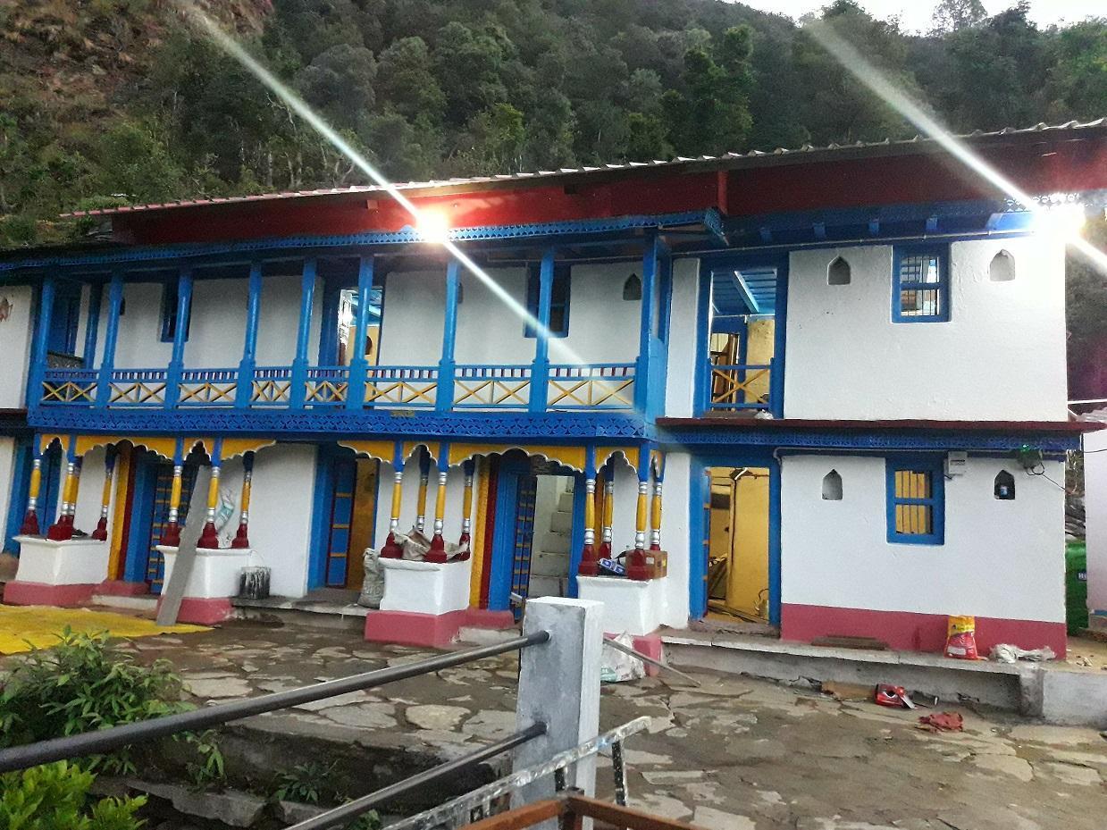 Himalayan Mountain Home Stay