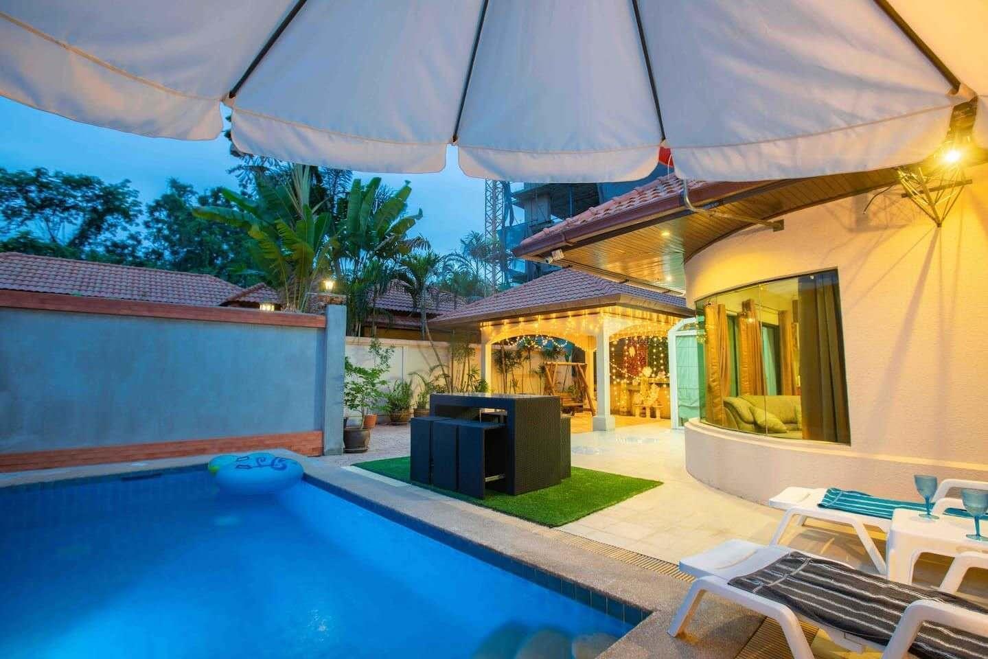 Central pattaya 3 bedroom party pool villa วิลลา 3 ห้องนอน 4 ห้องน้ำส่วนตัว ขนาด 250 ตร.ม. – เขาพระตำหนัก