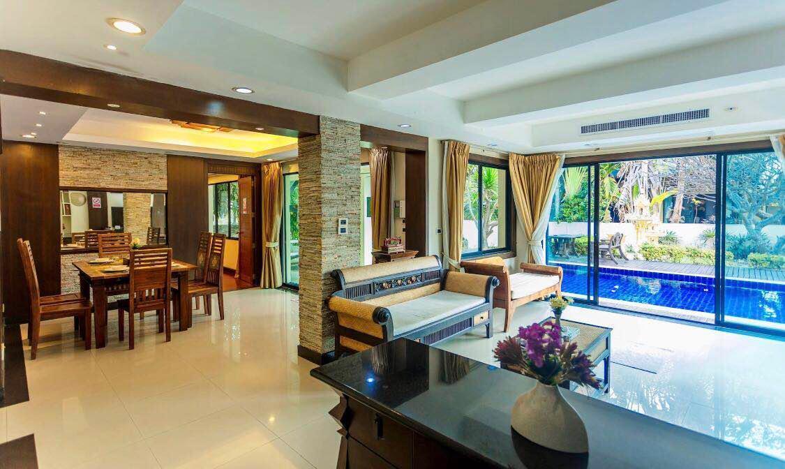 Pattaya Ban Natcha Pool Villa