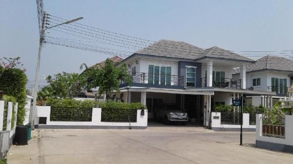 Nice house prefect for family in Nakhonratchasima. Nakhonratchasima