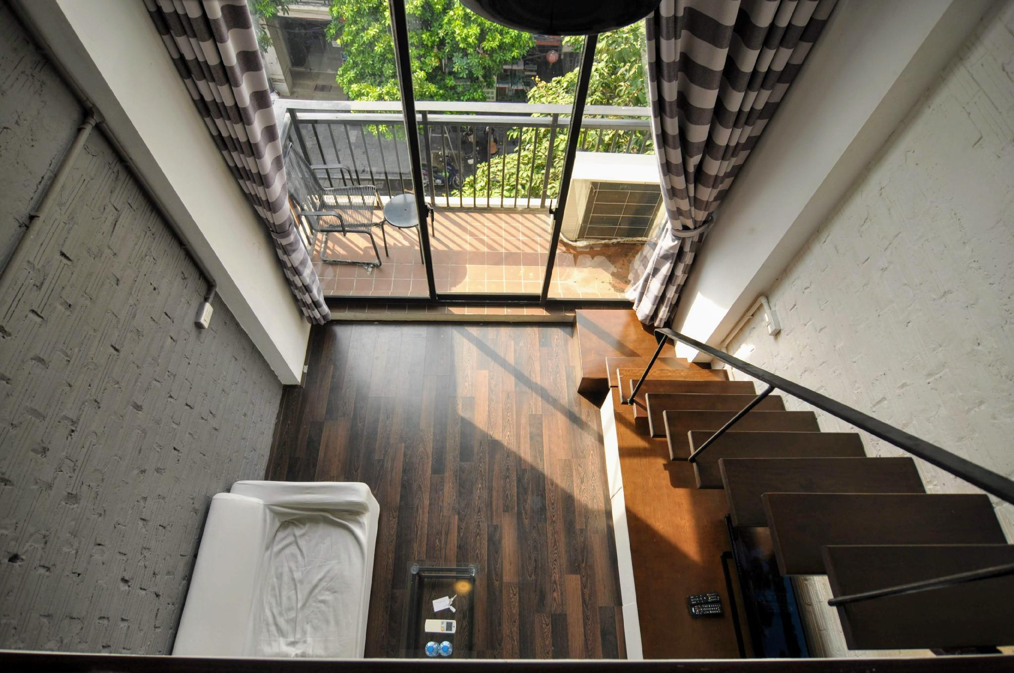 KTLodge Quan Su   41  Wooden House With Balcony