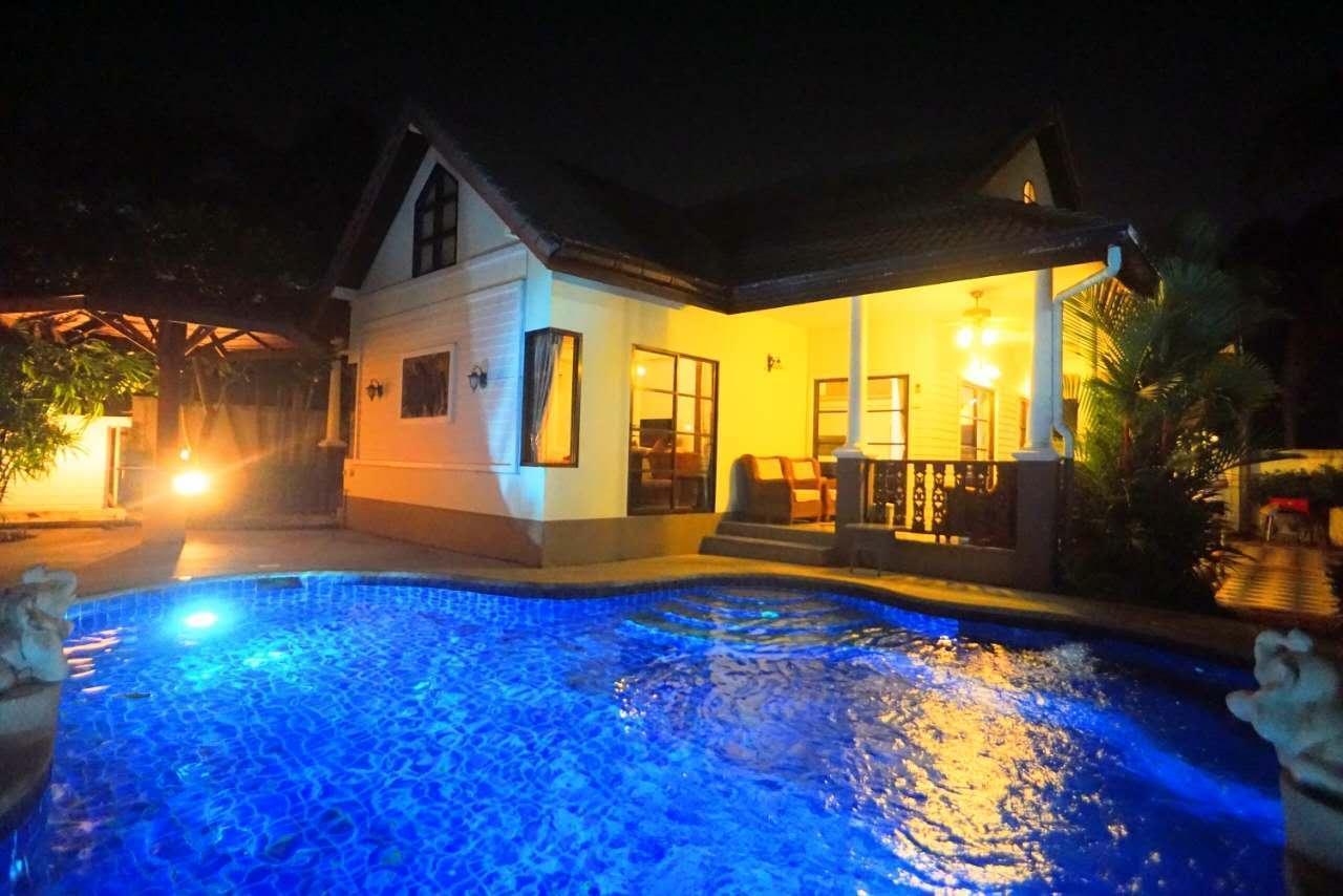 Modern 3 bedroom pool villa #2 วิลลา 3 ห้องนอน 3 ห้องน้ำส่วนตัว ขนาด 200 ตร.ม. – หาดจอมเทียน