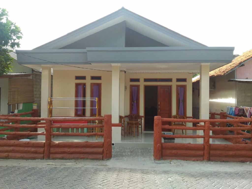 Homestay Ibu Tunah Standard Studio