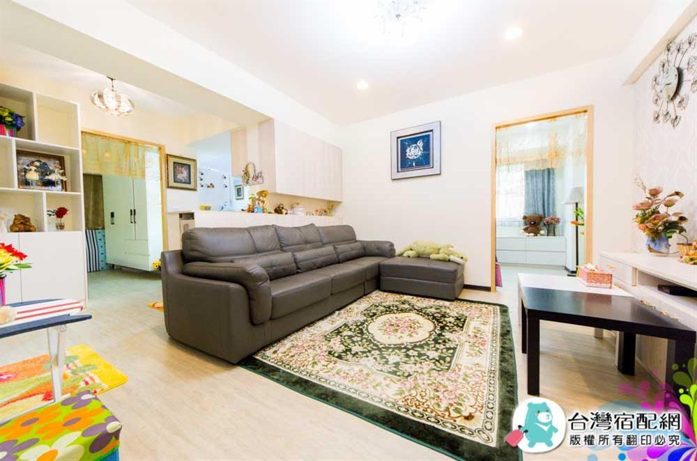 Nice Homestay in Tainan Family-friendly 8 people with 3 rooms and 1 living room