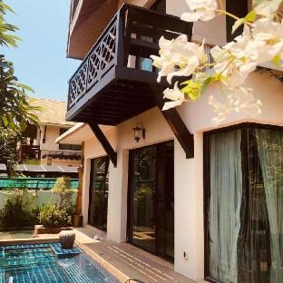 Luxury villa in Pattaya Walking Street450/2 วิลลา 4 ห้องนอน 3 ห้องน้ำส่วนตัว ขนาด 288 ตร.ม. – พัทยาเหนือ