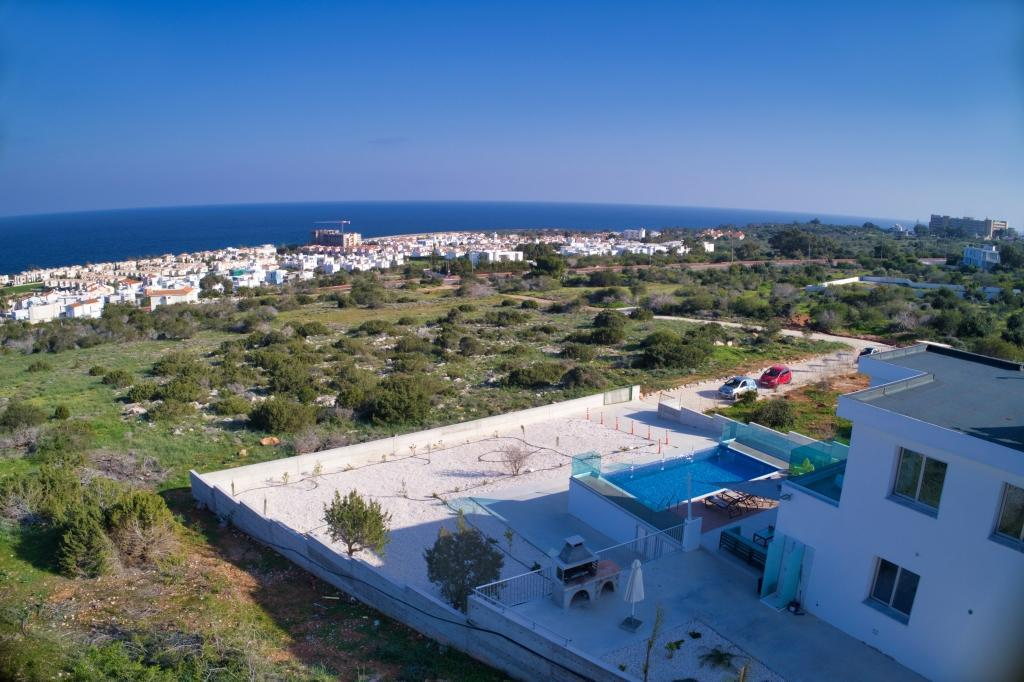 Private 4 Bedroom Villa With Panoramic Sea Views