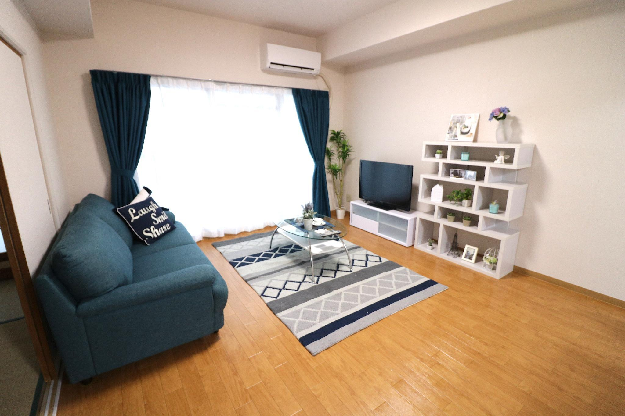 Osaka Namba  4 Bed Rooms 10 People OK  Chateau 801