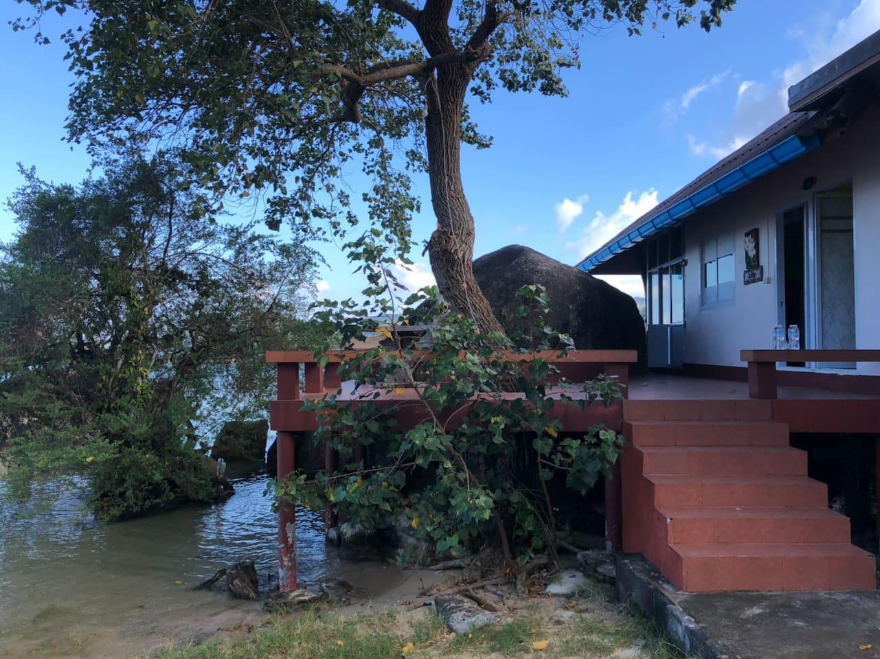 Tharathip Seaview House 2  With Mini Kitchen บ้านเดี่ยว 2 ห้องนอน 2 ห้องน้ำส่วนตัว ขนาด 100 ตร.ม. – วกตุ่ม