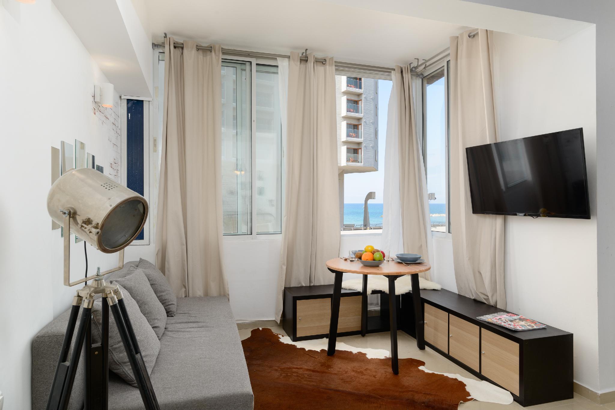 Sea View Designed Studio In Front Of Hilton TLV