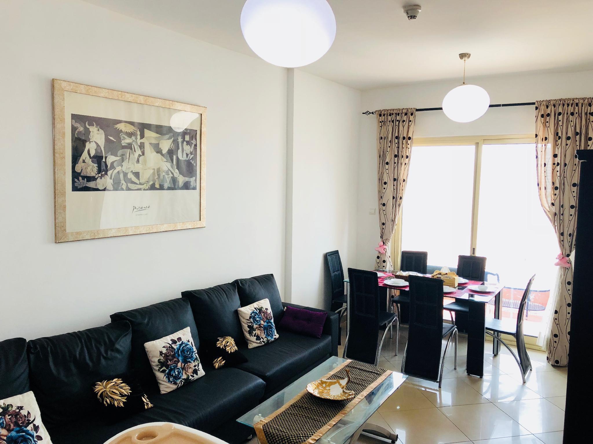 2 BHK Fully Furnished Apartment Near Dubai Marina