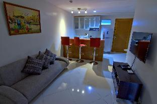 picture 1 of 2 BR unit - private & serene @ Taguig City