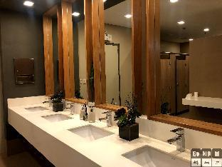 picture 5 of One uptown residence BGC Gotophi  5Star hotel 007