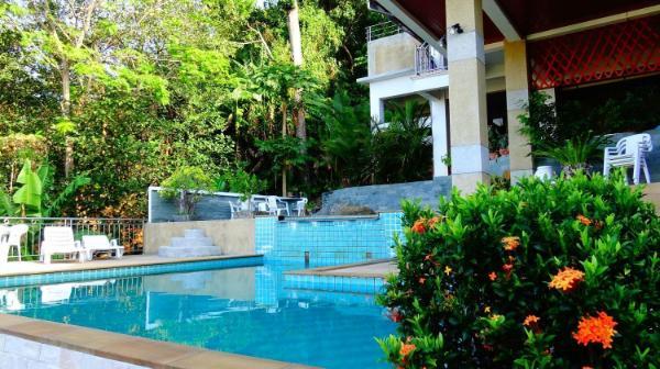 Two-bedroom apartment overlooking the sea & Karon Phuket