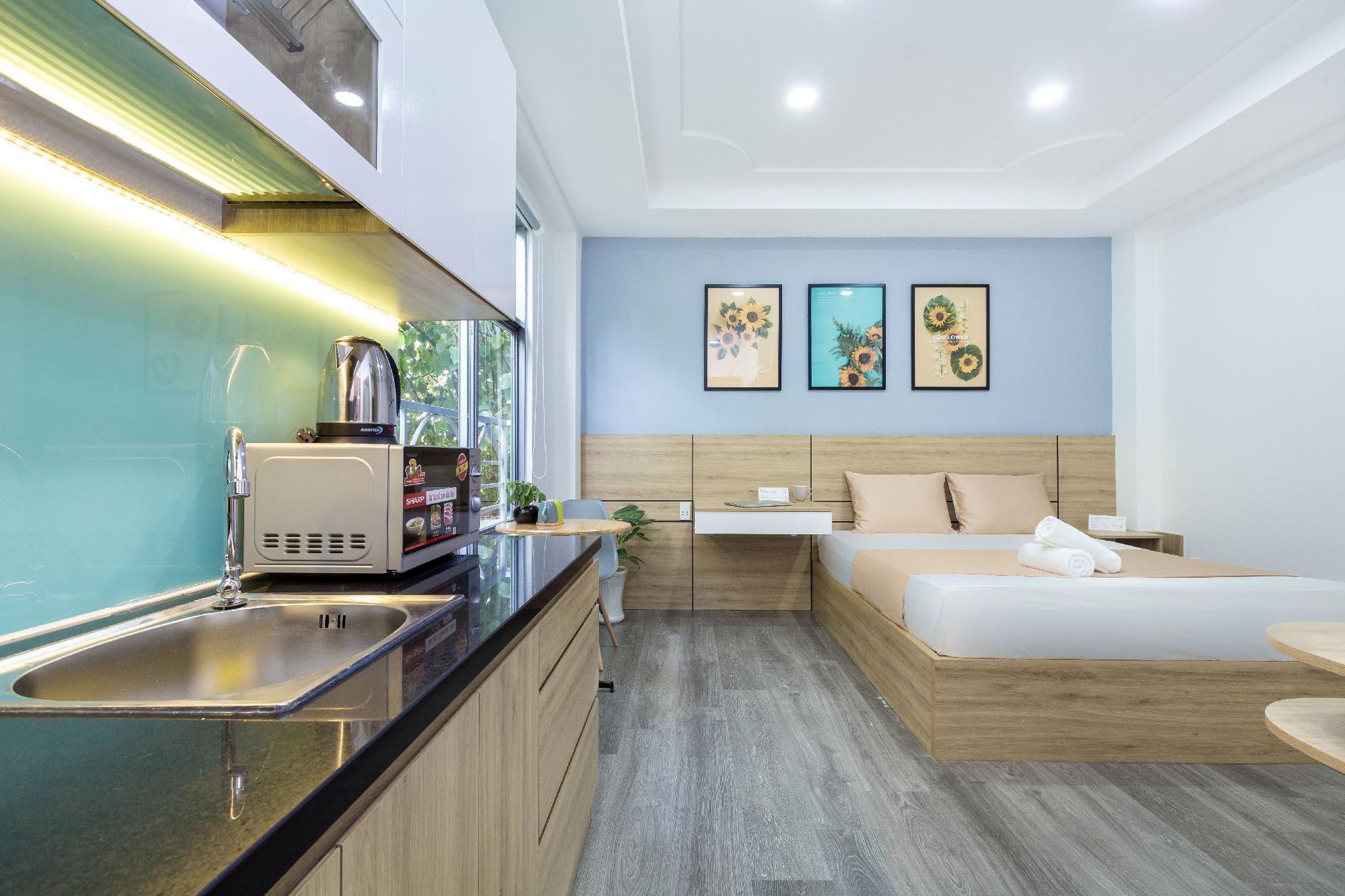 Cozrum Homes  1BR Spacious View Living Center 101