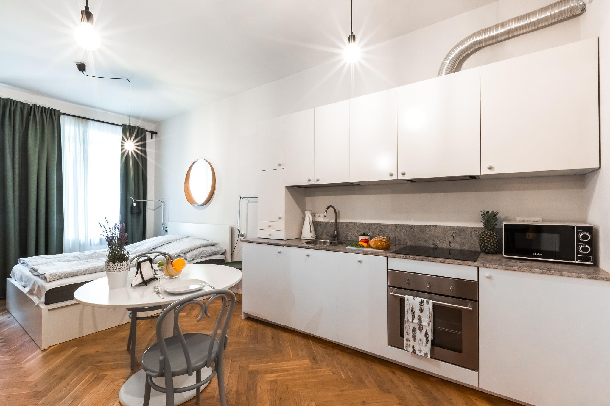 Warsaw Center   Romantic And Comfortable Apartment