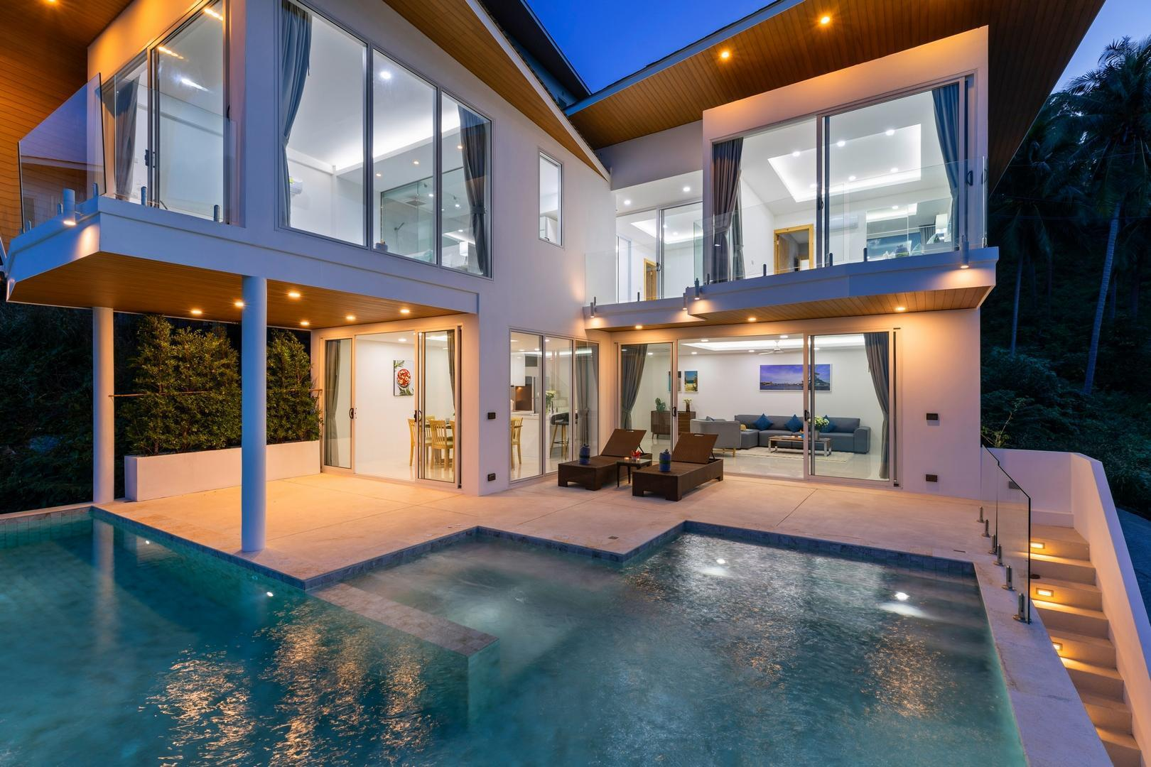 Emerald Villa-4 BR Sea View&Private Pool วิลลา 4 ห้องนอน 4 ห้องน้ำส่วนตัว ขนาด 380 ตร.ม. – เฉวงน้อย