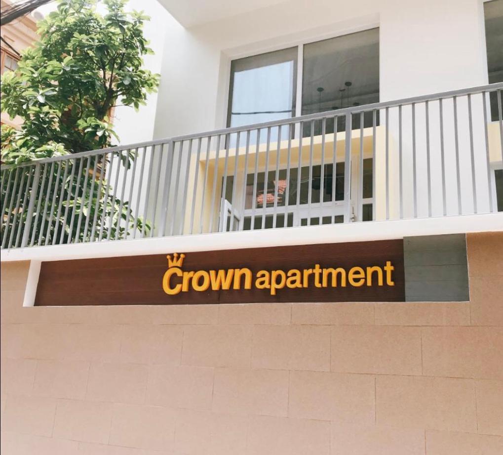 Crown Apartment