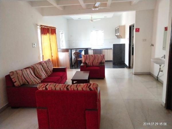 Double Bedroom -Opp to Velachery Railway Station Chennai