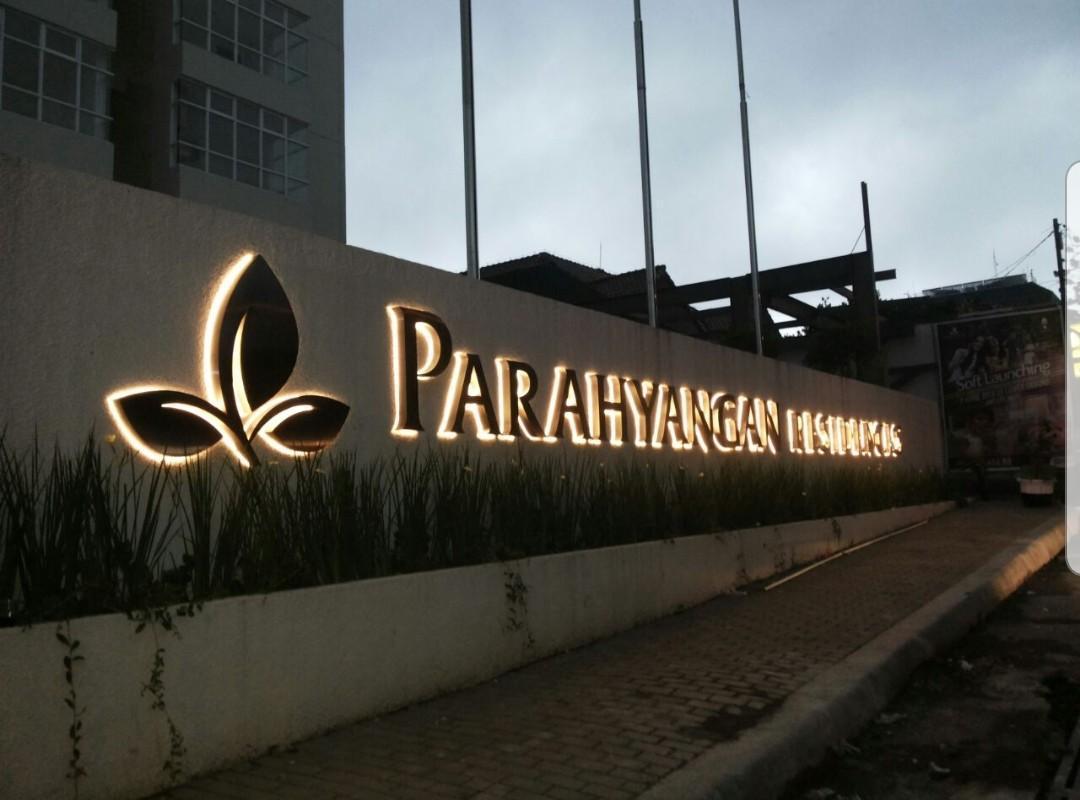 2BR Apartment Parahyangan Residences