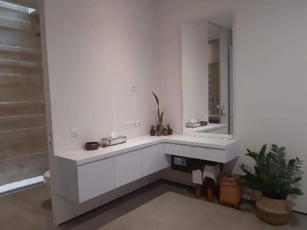 Ri Rin's Home - New, Modern, Private