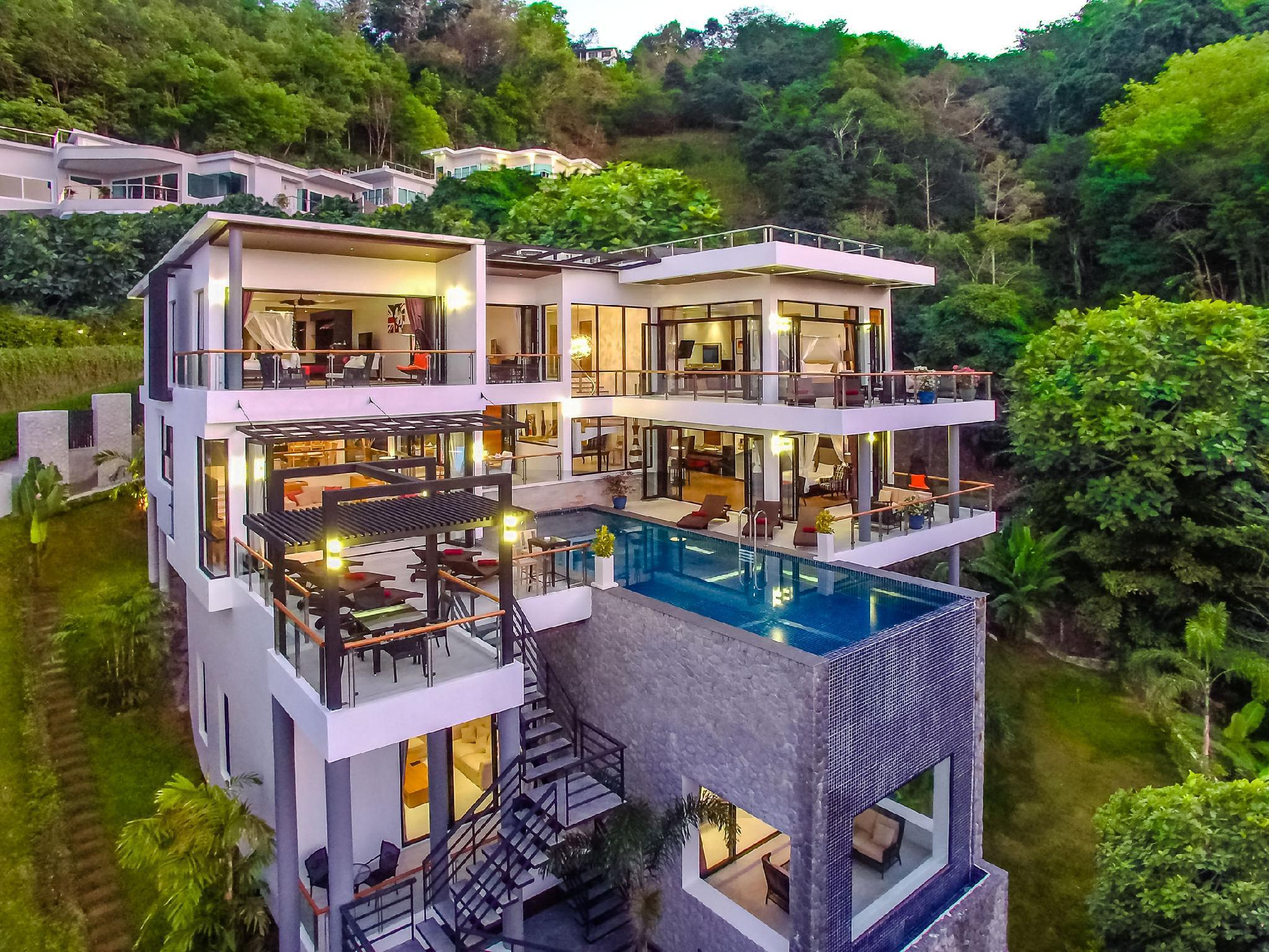 Fully serviced Grand Villa Luxury Time Phuket วิลลา 6 ห้องนอน 6 ห้องน้ำส่วนตัว ขนาด 1100 ตร.ม. – สุรินทร์
