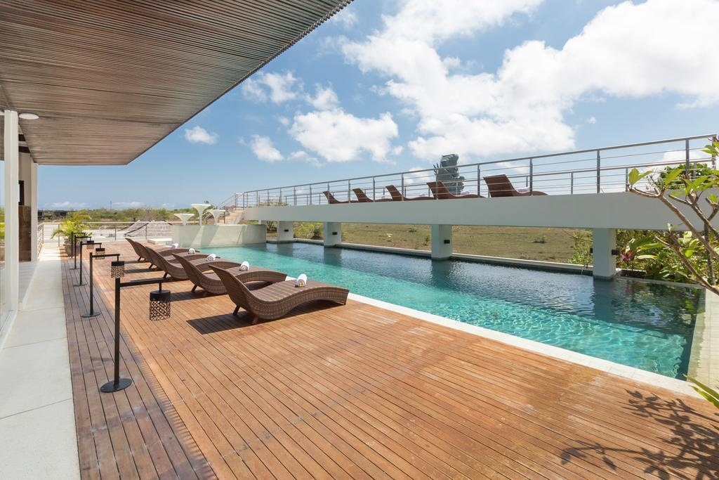 Best Villas For Couple With GWK View