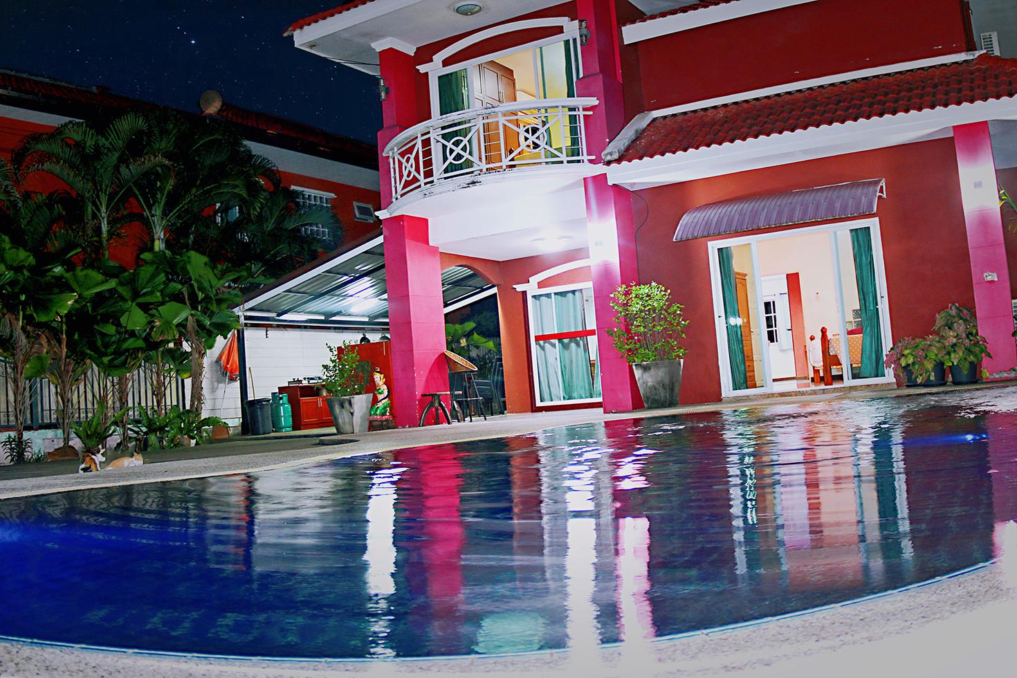 5 Bedroom Villa Near Jomtien Beach