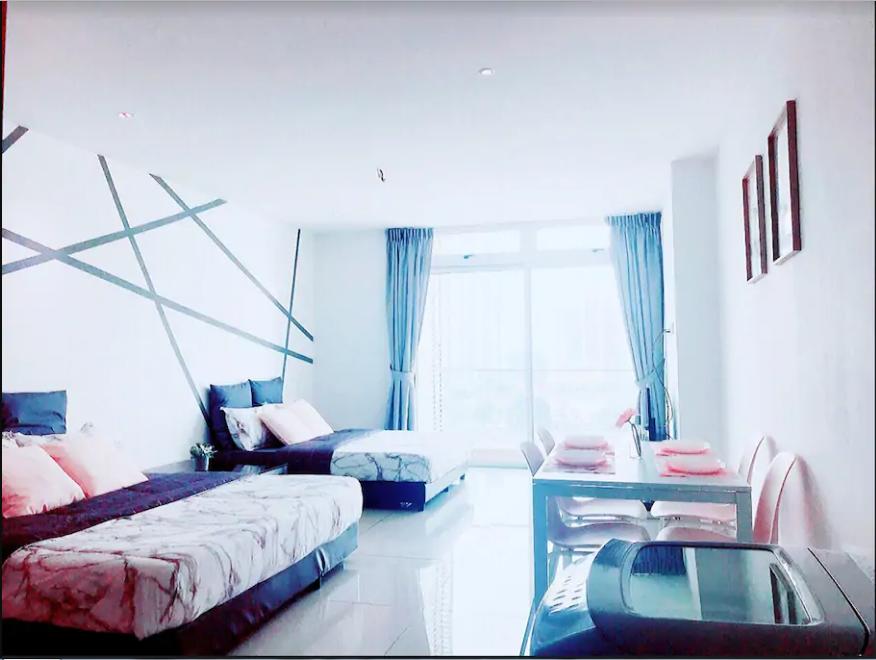 GLITAR Home 1710@KSL D'EsplanadeFREE Wifi And TV Box