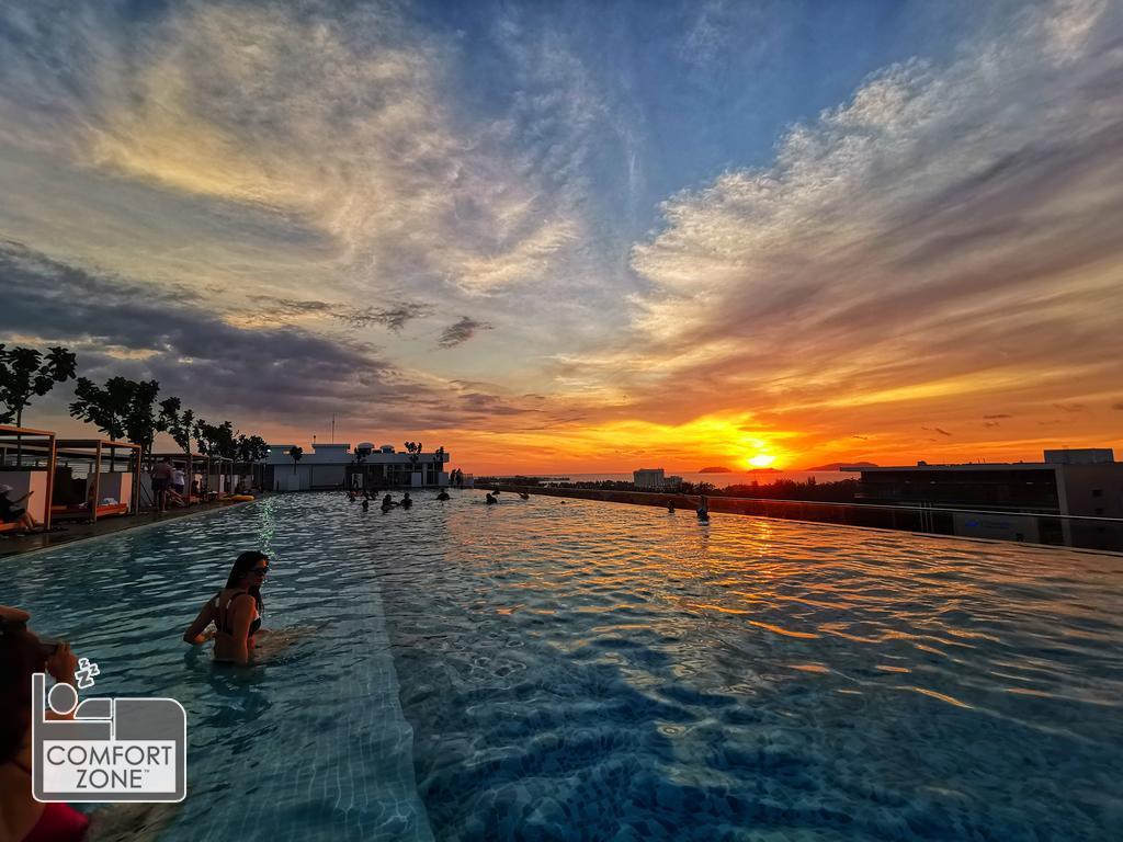 ComfortZone  Suite W Infinity Pool@Sutera Avenue