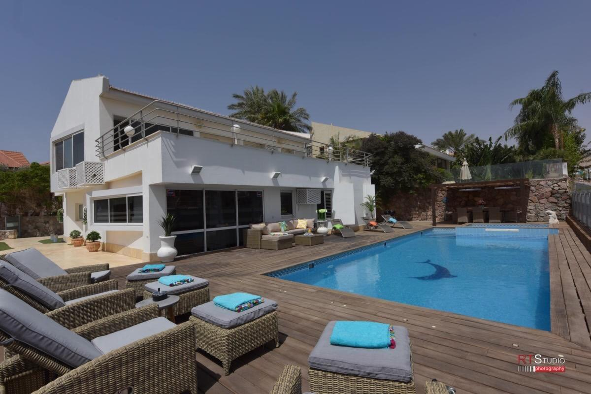LUXURY VILLA   SEA VIEW 300M FROM THE BEACH