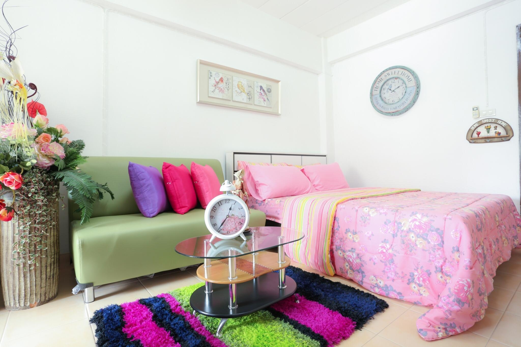 Chareeya Residence  Basic Room