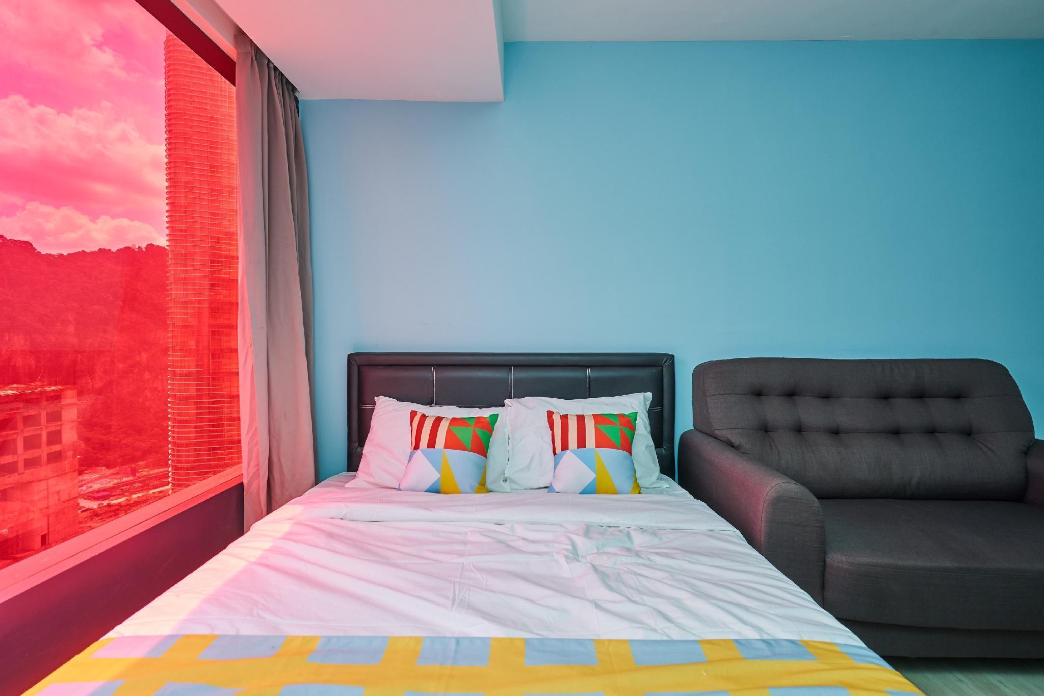 OYO Home 43945 Colorful Studio Empire City Halo
