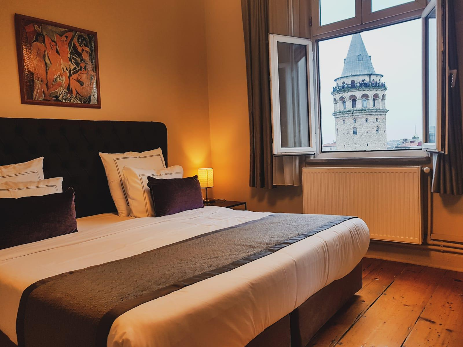 Historical Apartment Galata Tower And Sea View