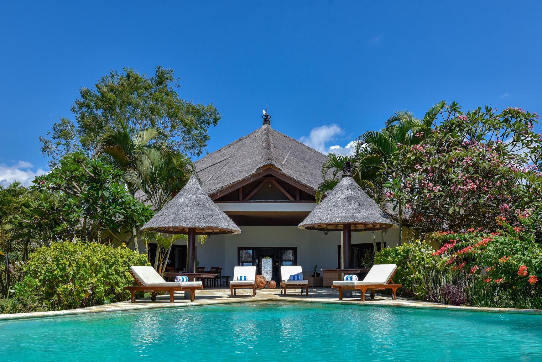 Villa Lumba   Lumba   Private Beachfront Villa