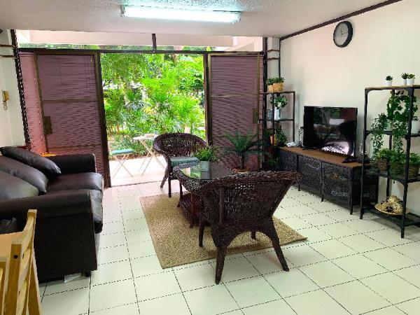 Cozy home in the garden,BKK Central,2mins to BTS Bangkok