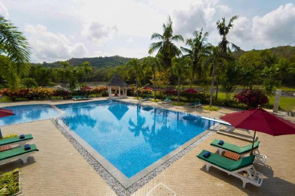 Royal Palms Villa 15BR w/ Pool, Tennis & Garden Pattaya