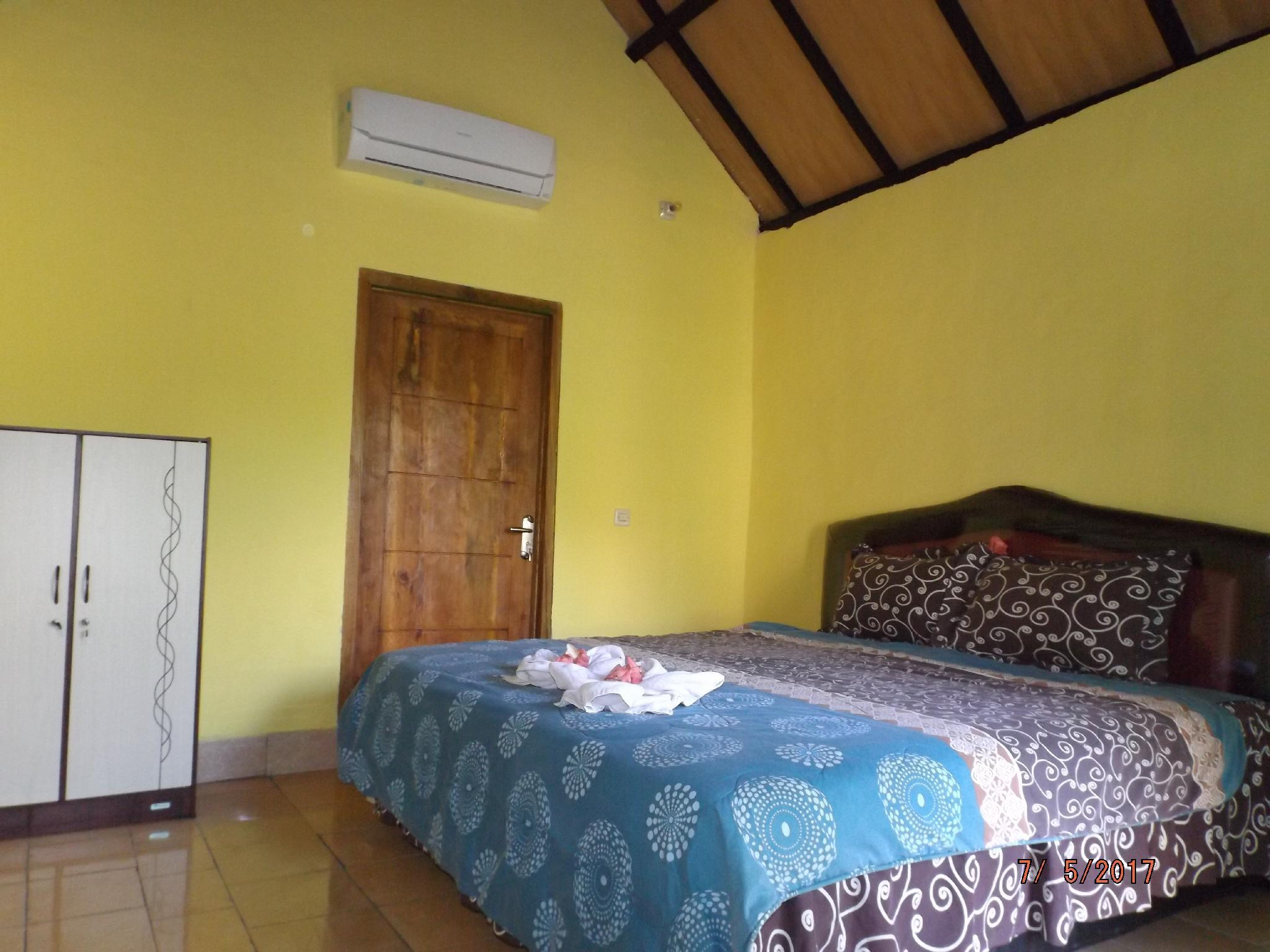 Aura Guest House 02