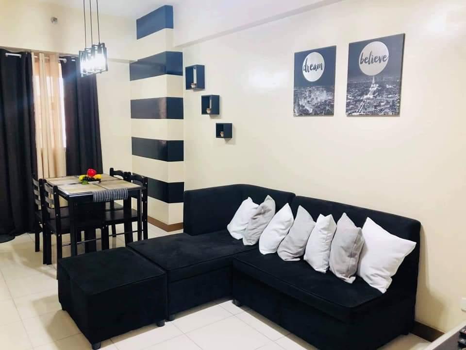 One Castilla Place Unit   1610