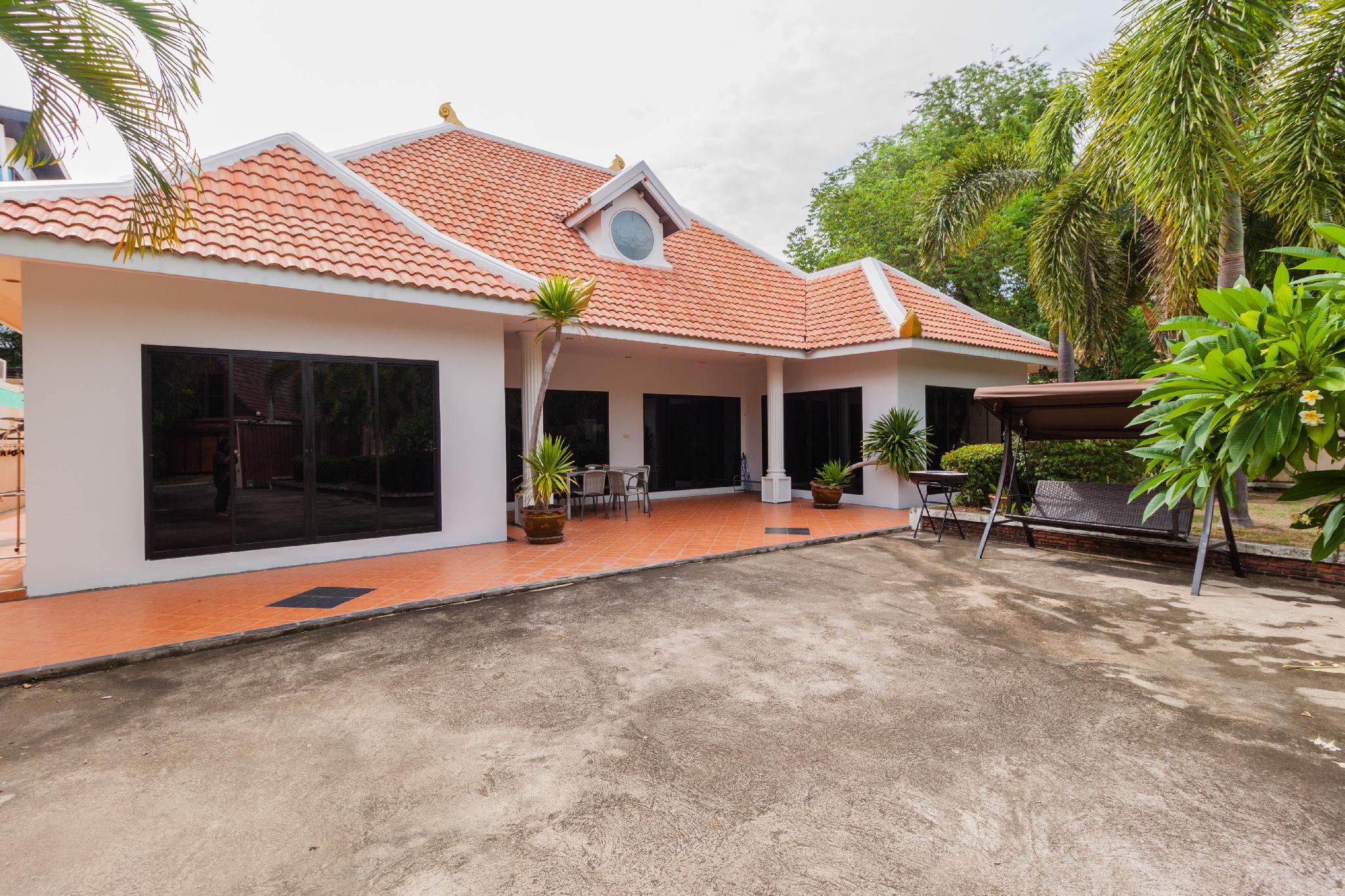 Pattaya High End Single Family Villa